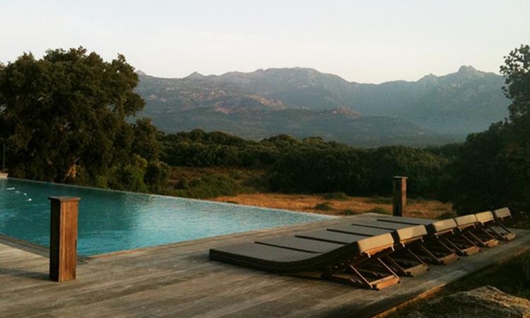 Atelier d'Un Siège à l'Autre - Matelas de piscine - Arles